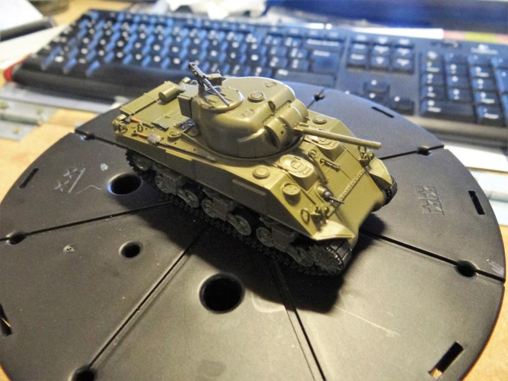 Sherman M4 heller 2e DB Heller 1/72  Dsc07427