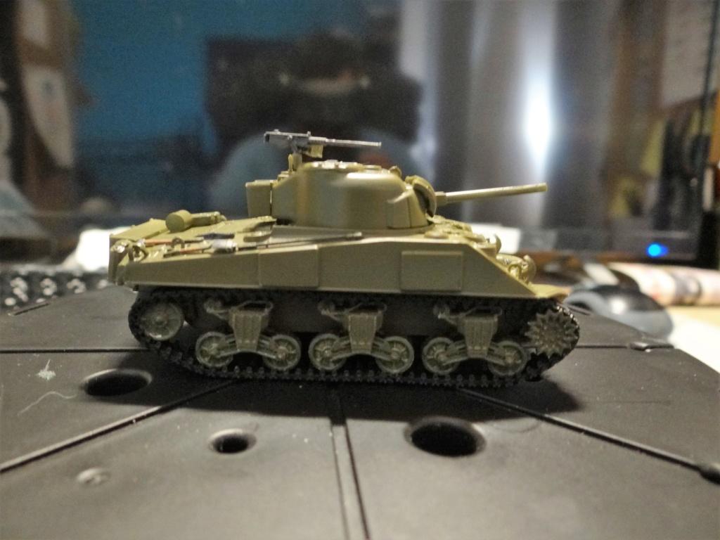Sherman M4 heller 2e DB Heller 1/72  Dsc07430