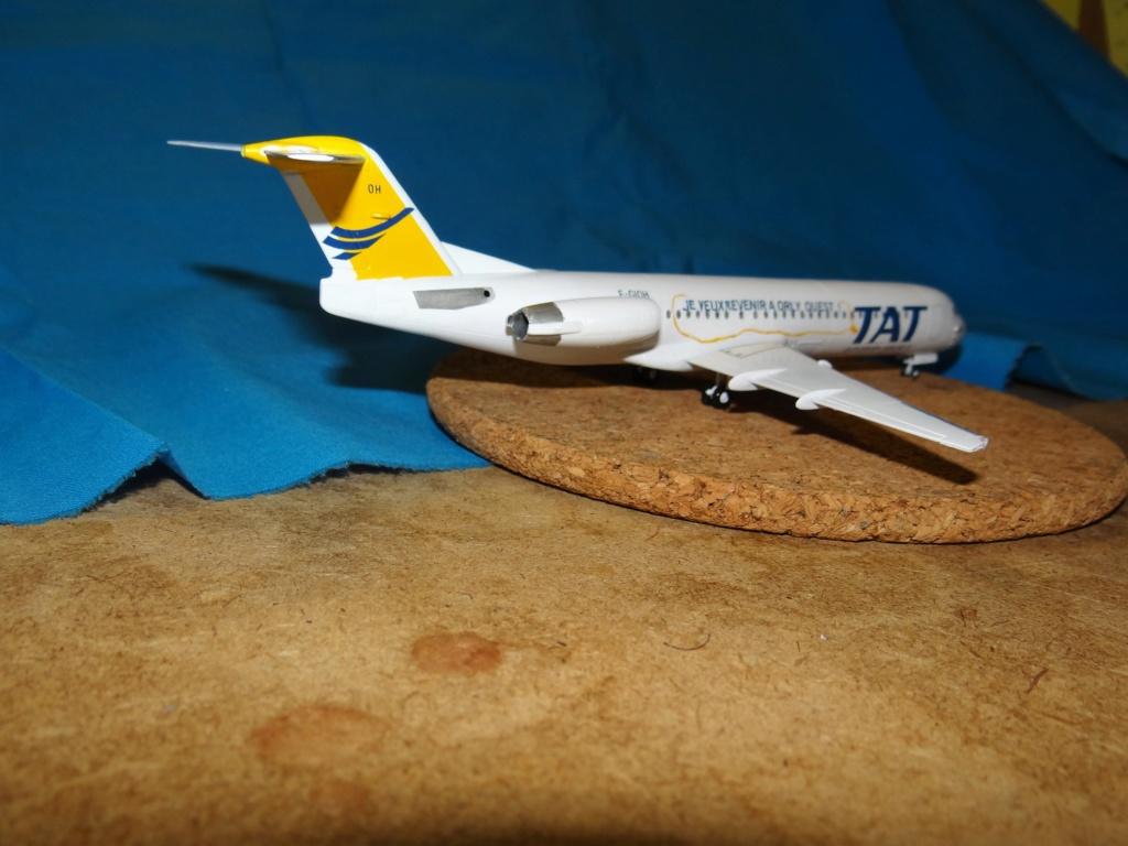 Fokker F100 TAT revell 1/144 Dsc07629