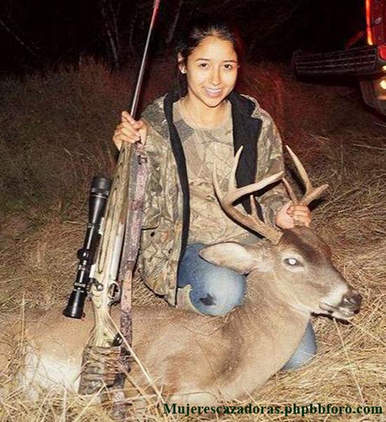 La cazadora mejicana Aidé Hernández Aidemh11
