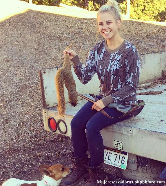 La cazadora norteamericana Kelsey Renee Harris Kelsre11