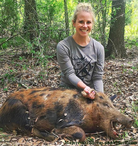 La cazadora norteamericana Kelsey Renee Harris Kelsre13