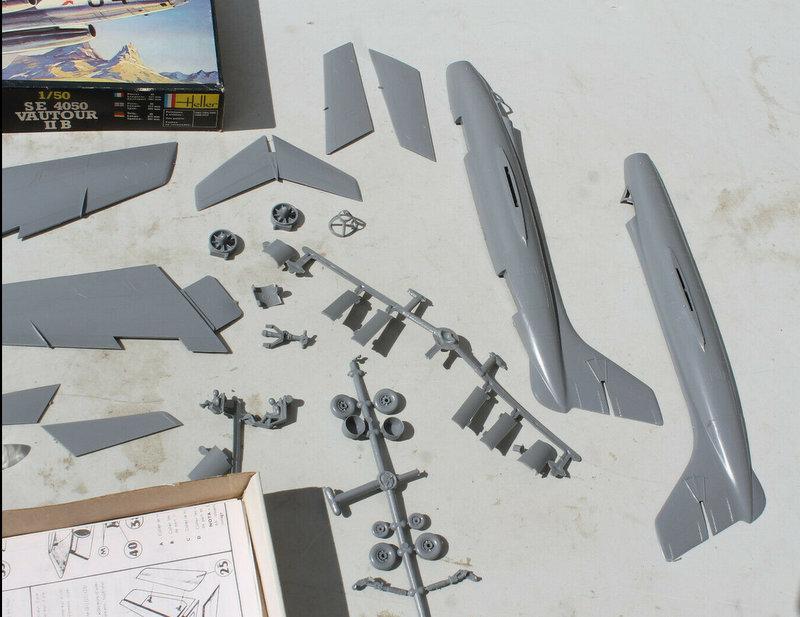 Montage chrono [HELLER BUZC0] FIAT G91 1/50ème Réf 304.250 - Page 3 Captu153