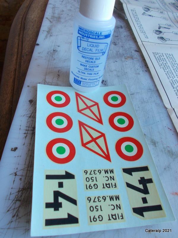 Montage chrono [HELLER BUZC0] FIAT G91 1/50ème Réf 304.250 - Page 2 Dzocal23