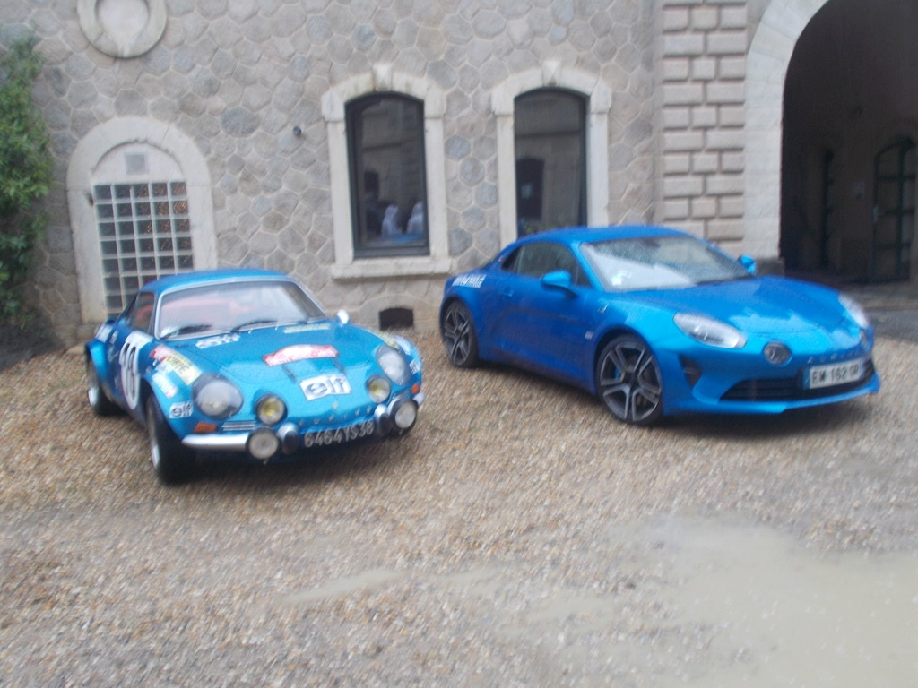 Expo autos au fort de Francheville ( ouest lyonnais )  Expo_f11