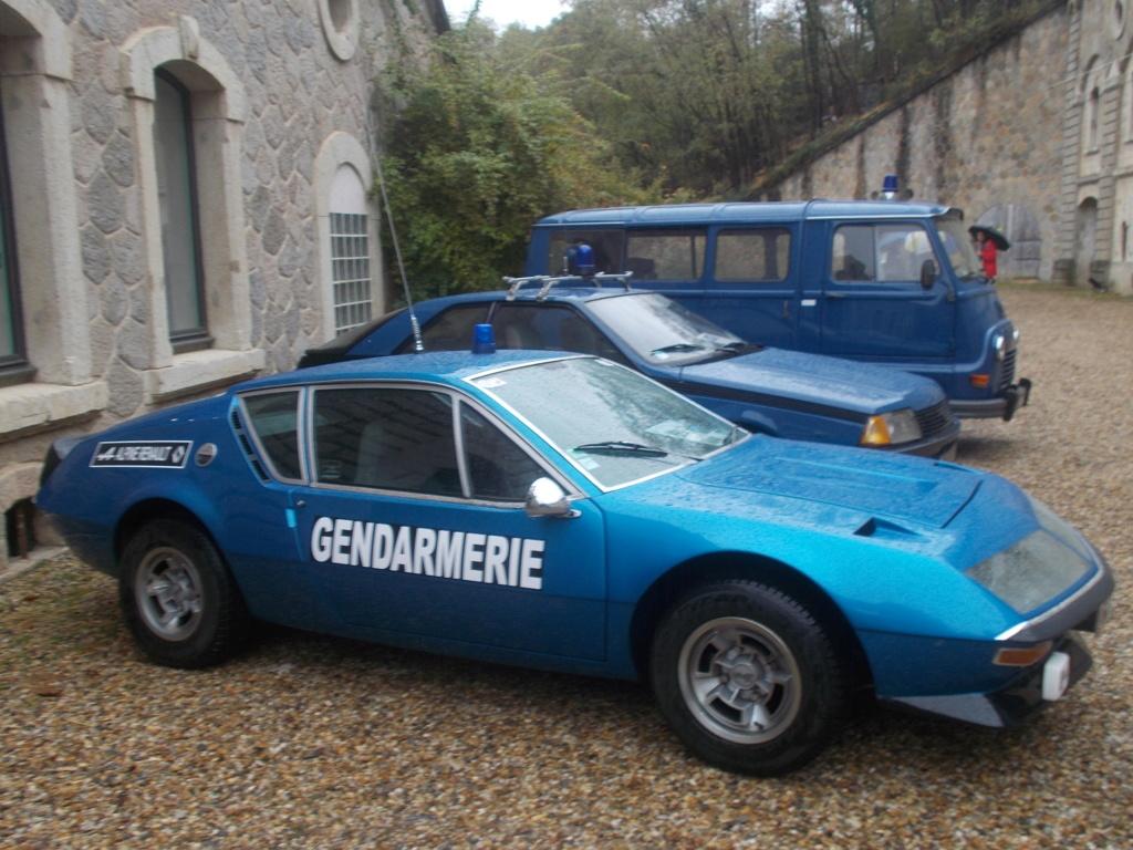 Expo autos au fort de Francheville ( ouest lyonnais )  Expo_f12