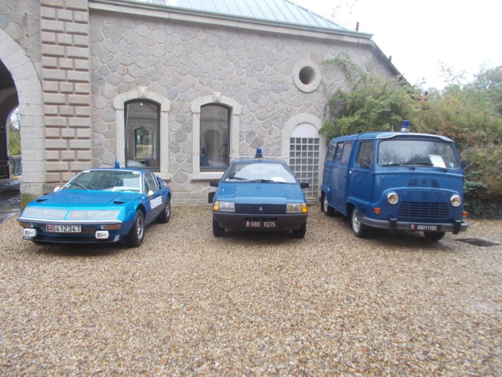 Expo autos au fort de Francheville ( ouest lyonnais )  Expo_f14