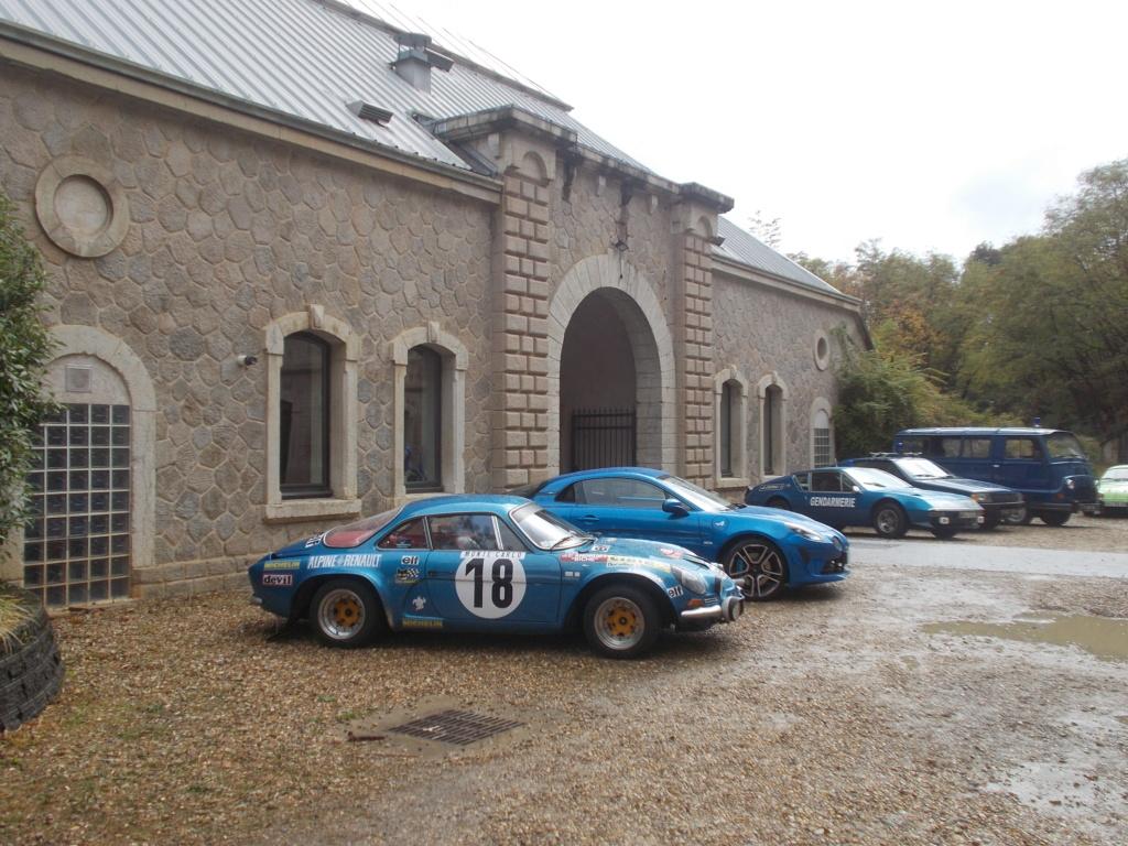 Expo autos au fort de Francheville ( ouest lyonnais )  Expo_f24
