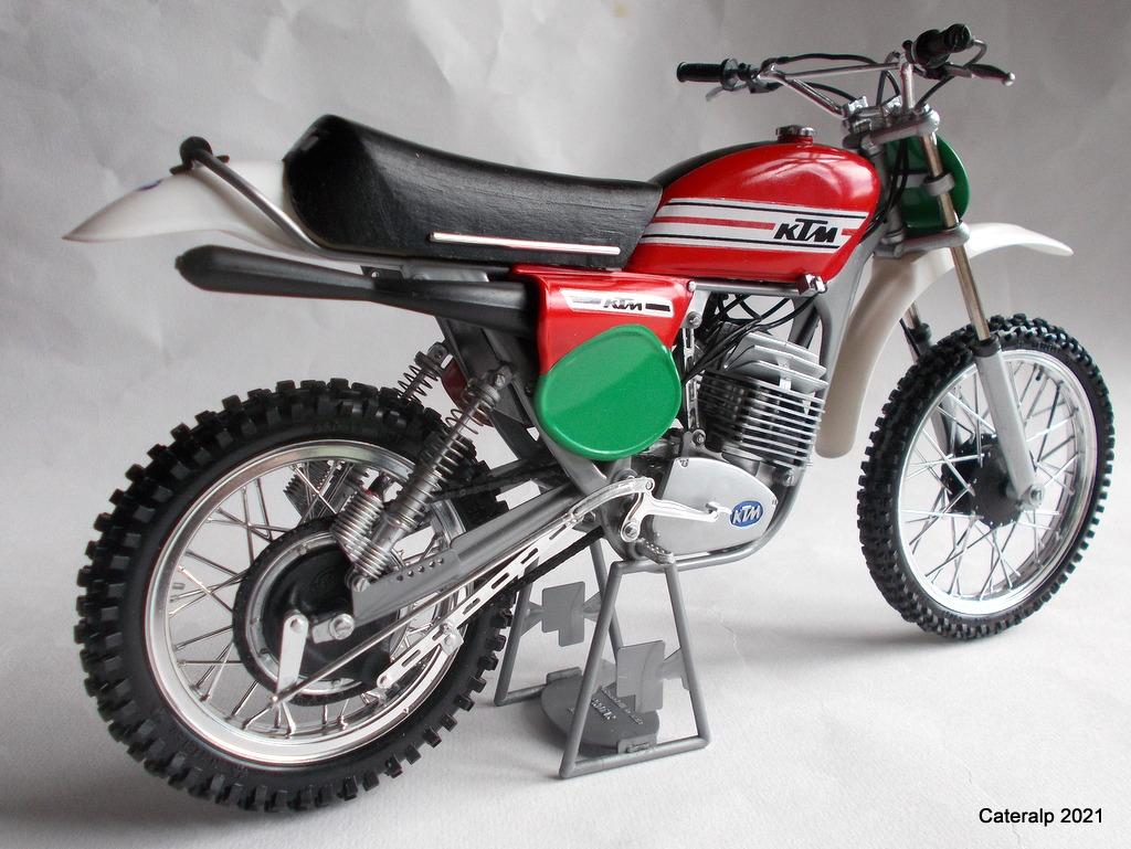 [PROTAR] KTM cross 1975 1/9ème Réf 142 - Page 2 Ktm_pr17