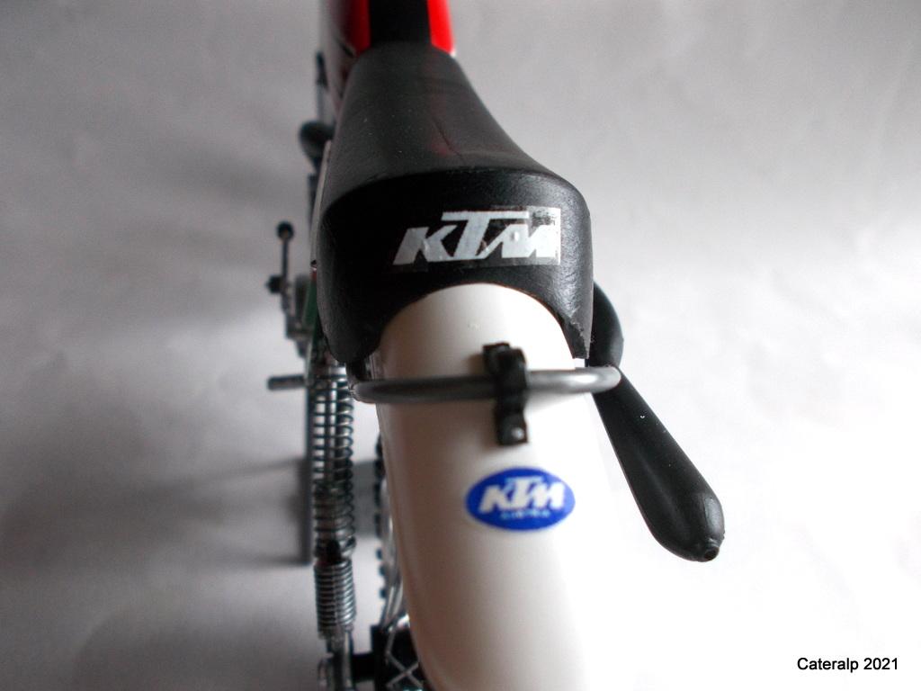 [PROTAR] KTM cross 1975 1/9ème Réf 142 - Page 2 Ktm_pr23