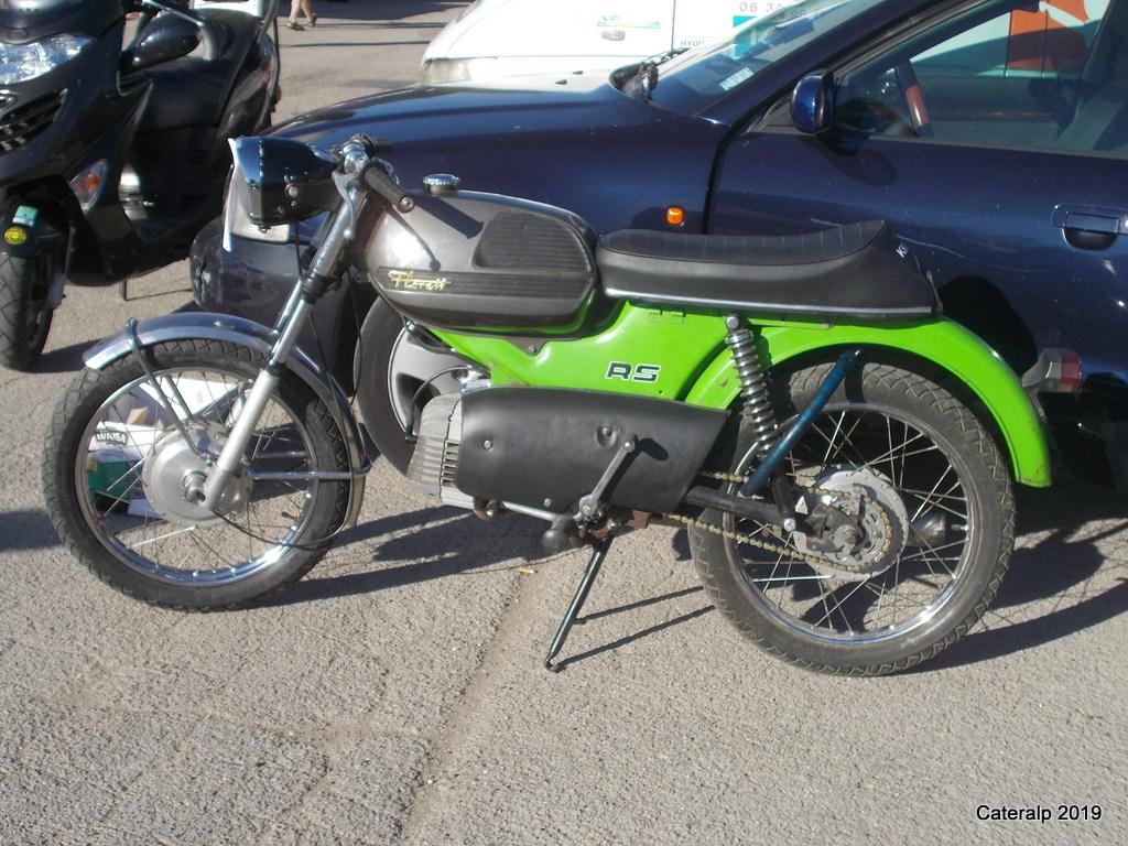 Les photos de Moto légende 2019 circuit de Dijon Prenois  Moto_l28