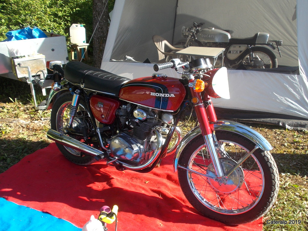Les photos de Moto légende 2019 circuit de Dijon Prenois  Moto_l55