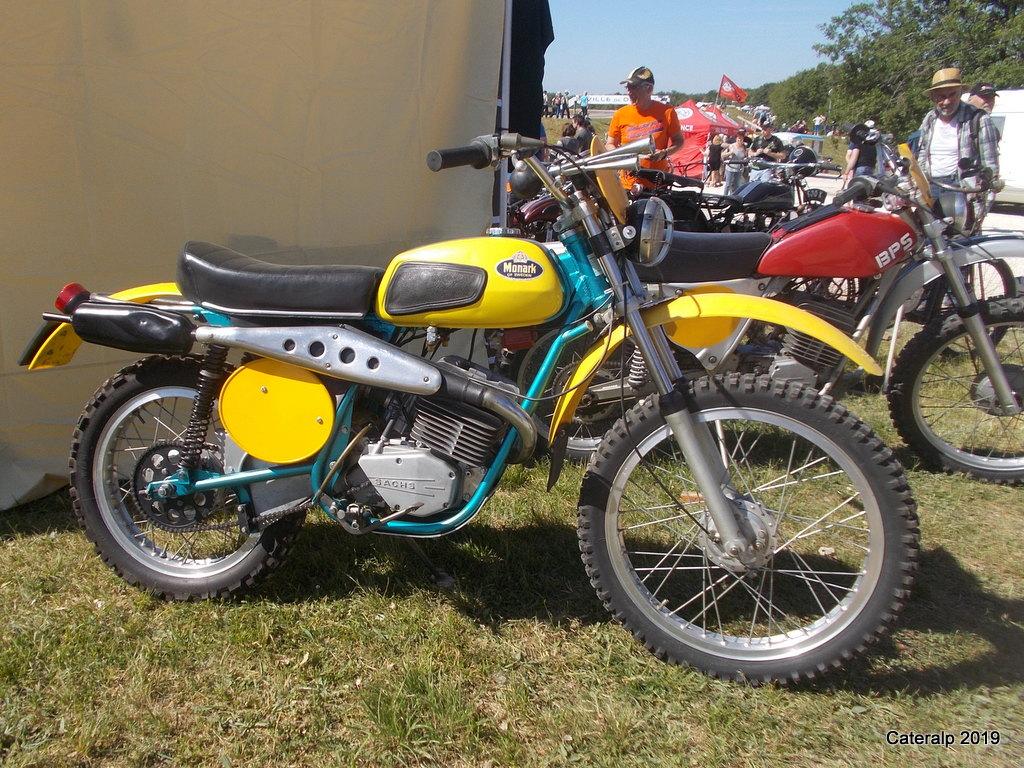 Les photos de Moto légende 2019 circuit de Dijon Prenois  Moto_l80