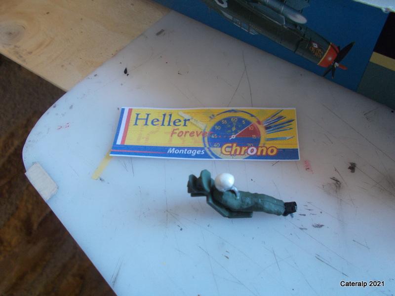 Montage chrono [HELLER BUZC0] FIAT G91 1/50ème Réf 304.250 Peintu46