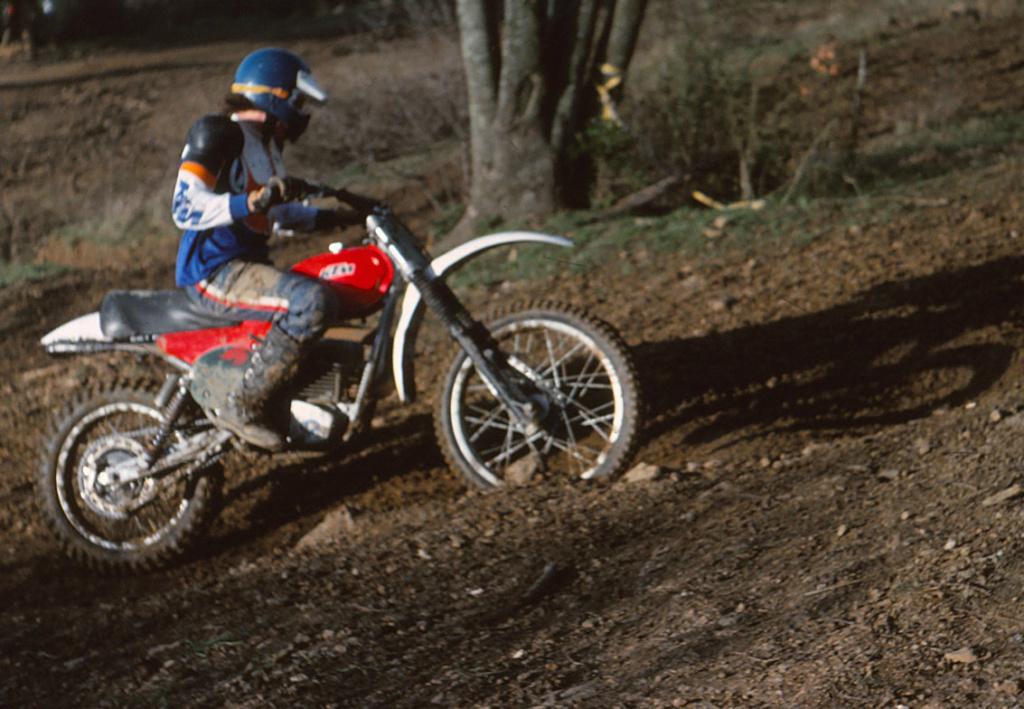 [PROTAR] KTM cross 1975 1/9ème Réf 142 Poleym11