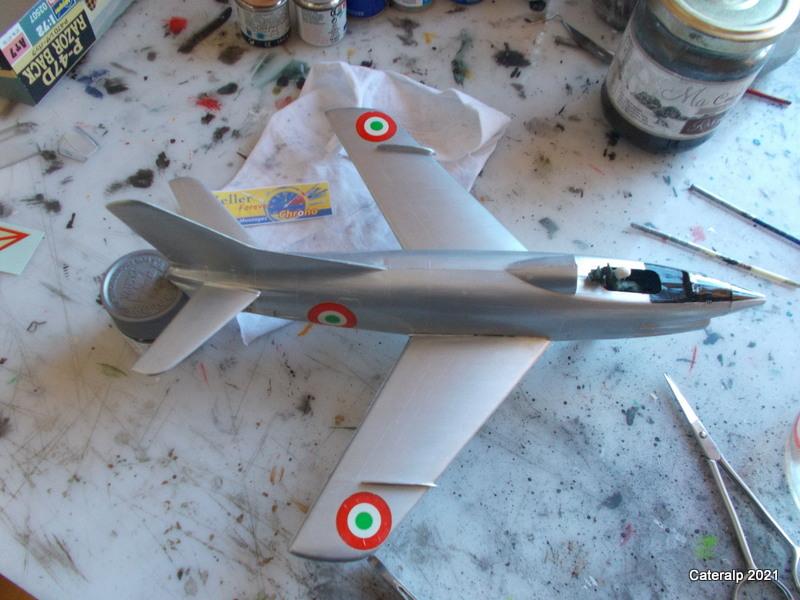Montage chrono [HELLER BUZC0] FIAT G91 1/50ème Réf 304.250 - Page 2 Pose_d14