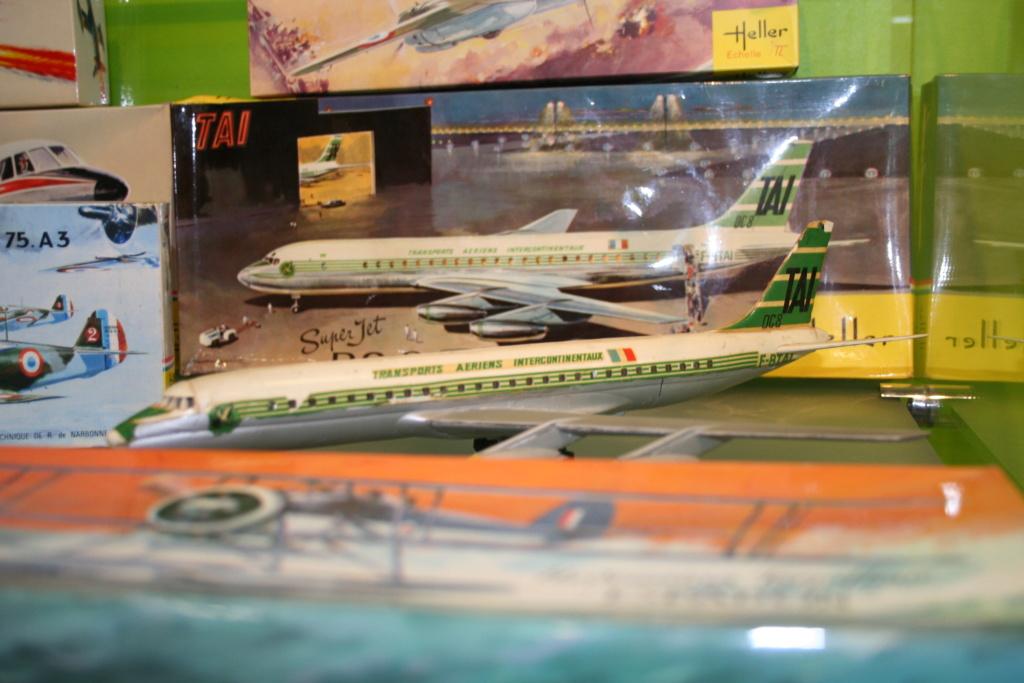 DOUGLAS DC 8 1/125ème Réf L 705 - Page 2 Rochet11