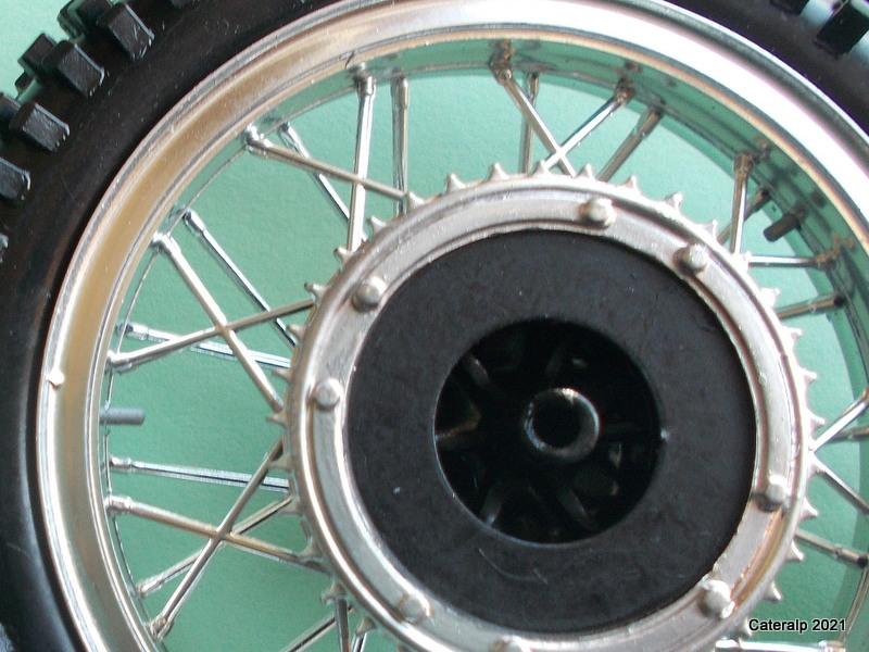 [PROTAR] KTM cross 1975 1/9ème Réf 142 Roues_29
