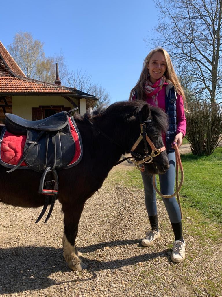 (dept 71) 2 ans - GRIOTTE - onc poney - jument -Réservée par Victoire B (mars 2018) Unnam310