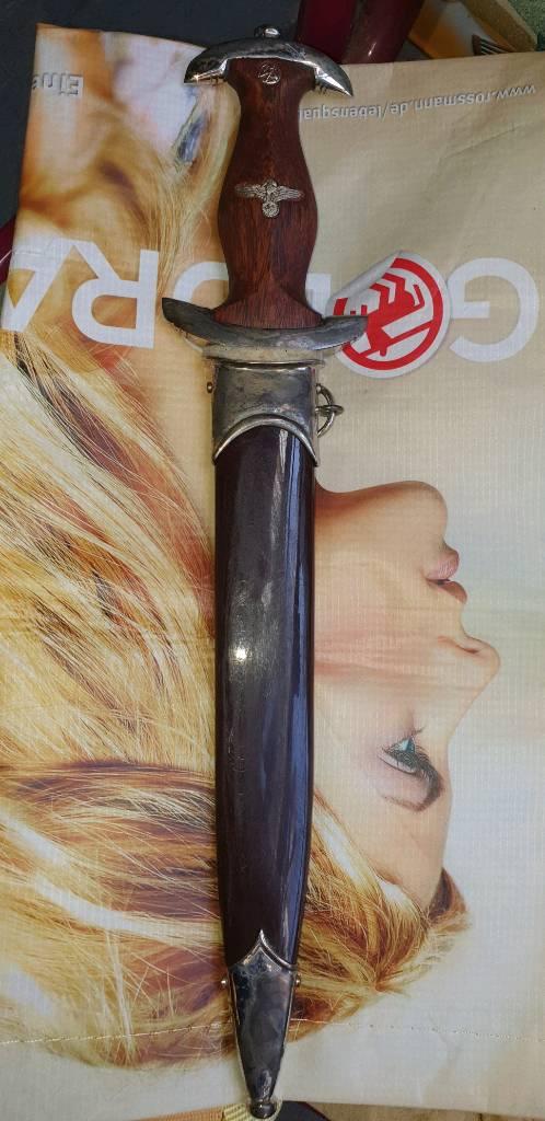 Une dague SA...aussi repro? Img_1540