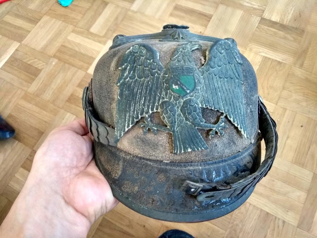 Casque pointe officier des pompiers....?  Img_2089