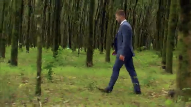 Colton Underwood - Screen Caps - Discussion - *Sleuthing Spoilers*  - Page 5 Fe458010