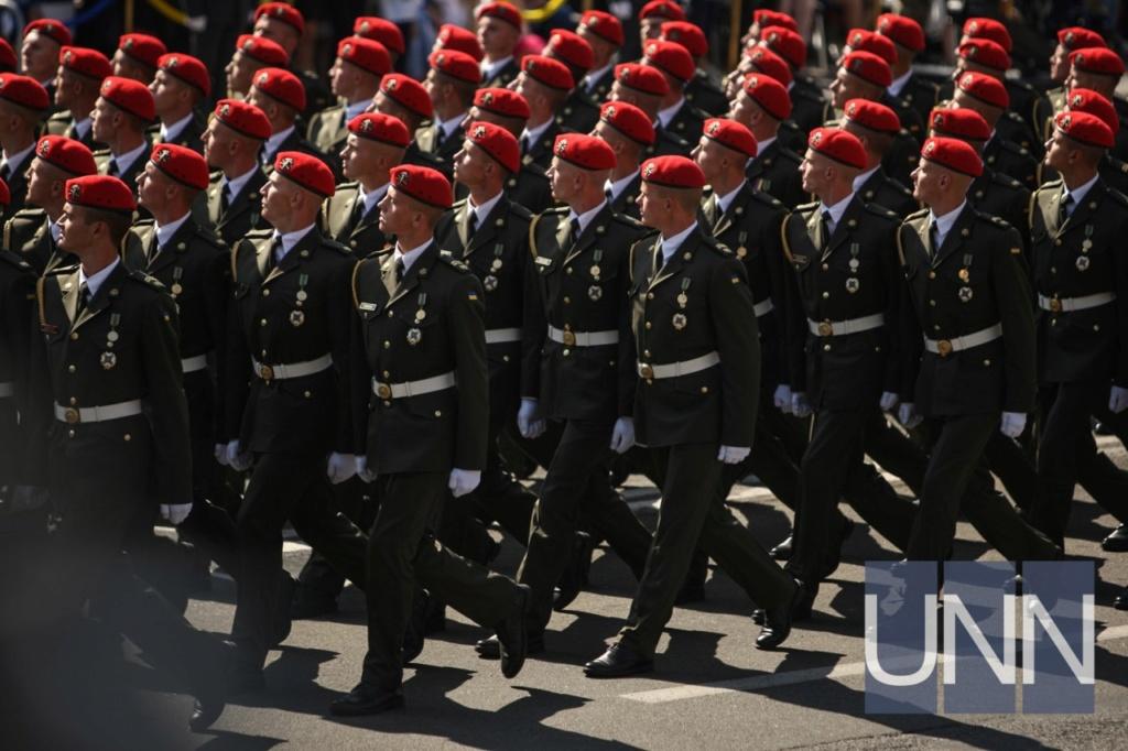 Modern Ukrainian uniform in photographs 127d3610