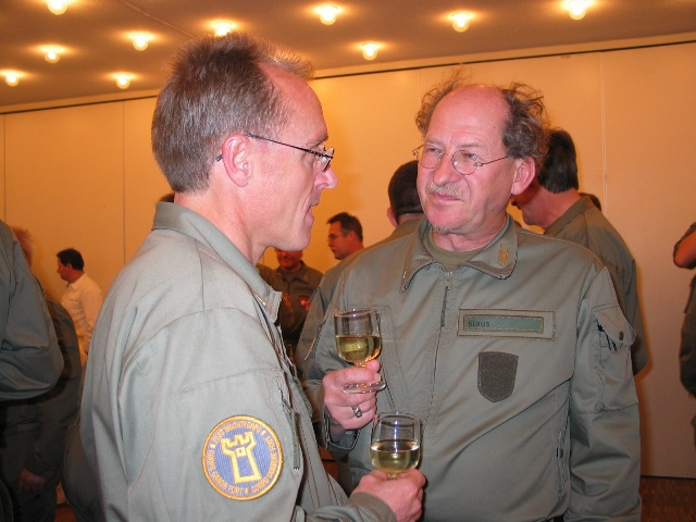 New (possible) uniform of the Swiss Armed Forces? - Page 2 155_5512