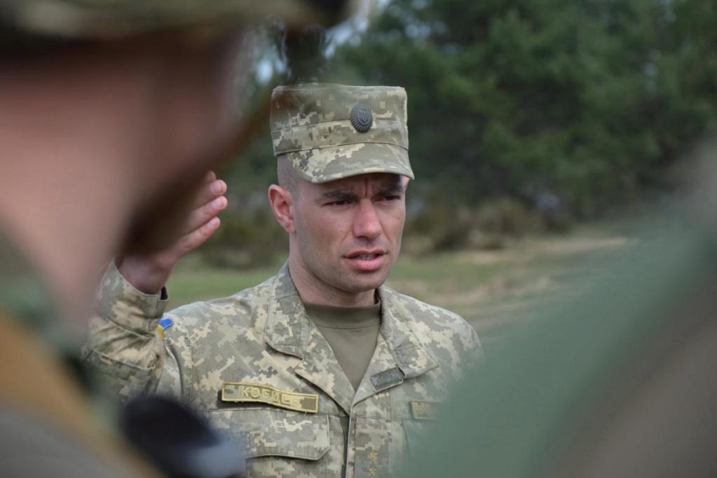 Modern Ukrainian uniform in photographs - Page 30 35361914