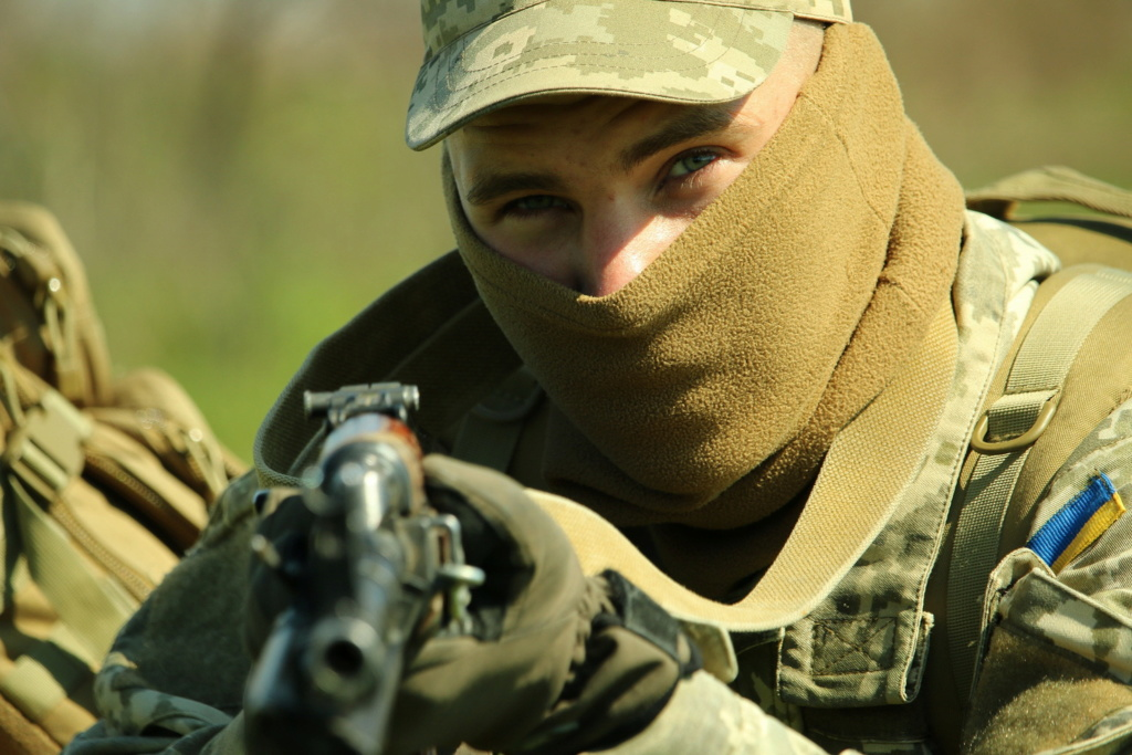 Modern Ukrainian uniform in photographs - Page 31 35400419