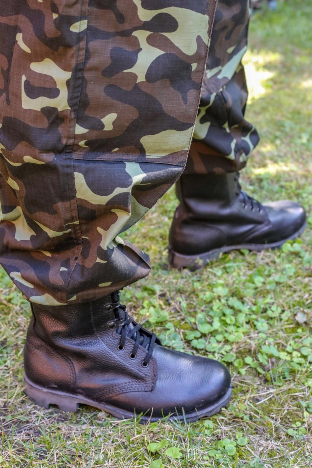 Modern Ukrainian uniform in photographs 39941010