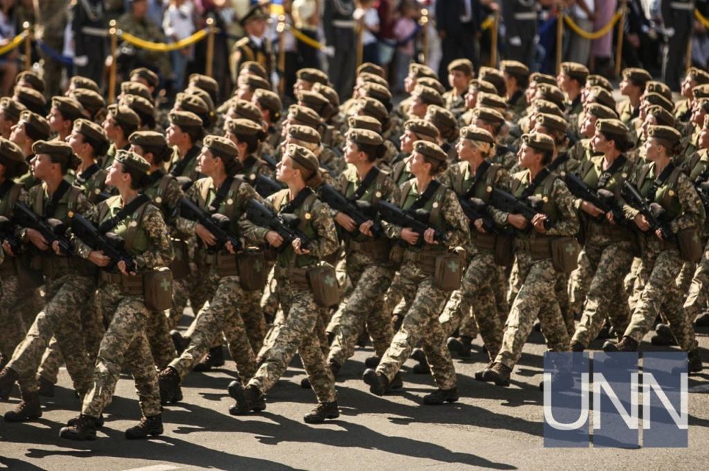 Modern Ukrainian uniform in photographs 50b42510