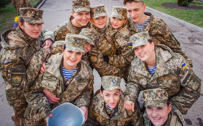 Modern Ukrainian uniform in photographs - Page 30 680_5b10