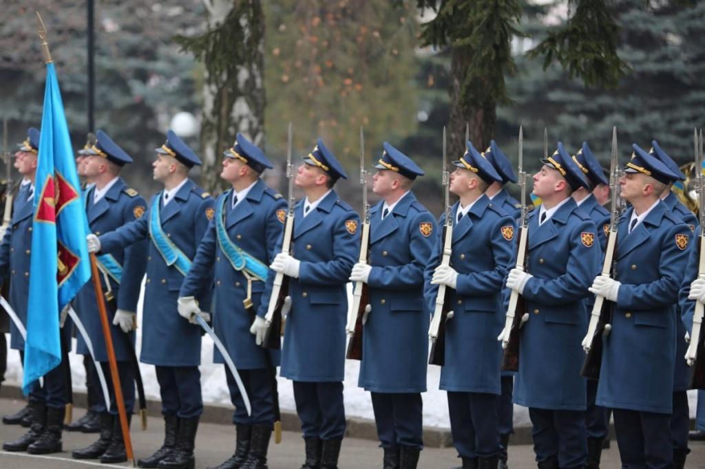 Modern Ukrainian uniform in photographs - Page 39 88110