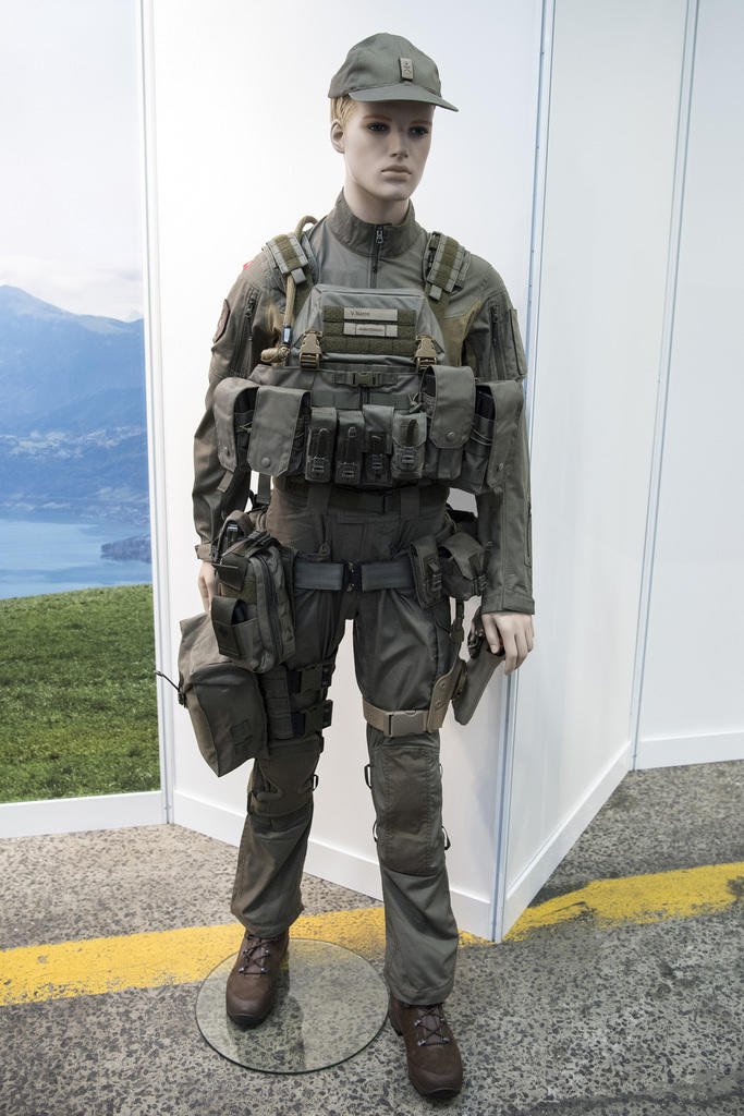 New (possible) uniform of the Swiss Armed Forces? 8ae11210