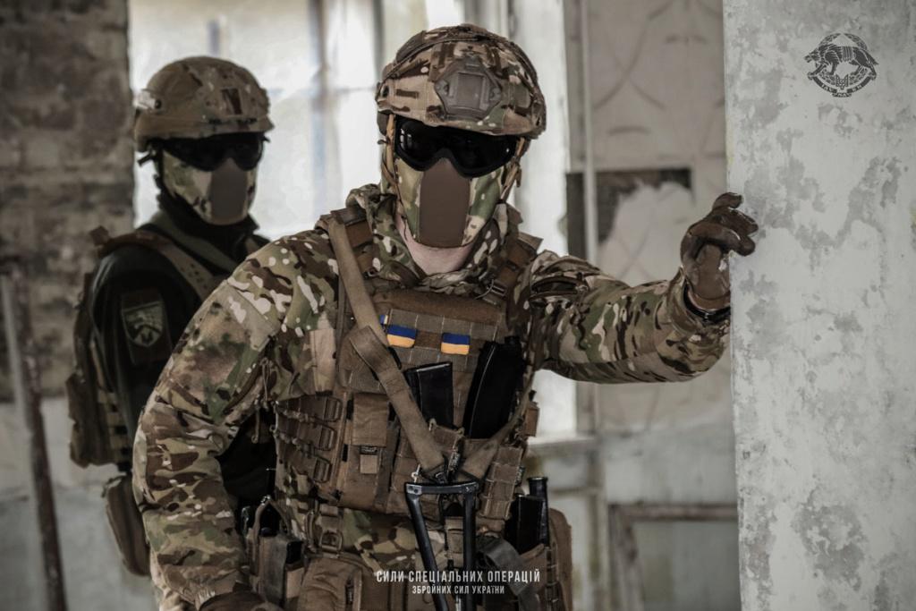 Modern Ukrainian uniform in photographs - Page 31 92177110