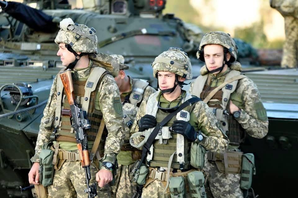 Modern Ukrainian uniform in photographs - Page 31 A2c0e710