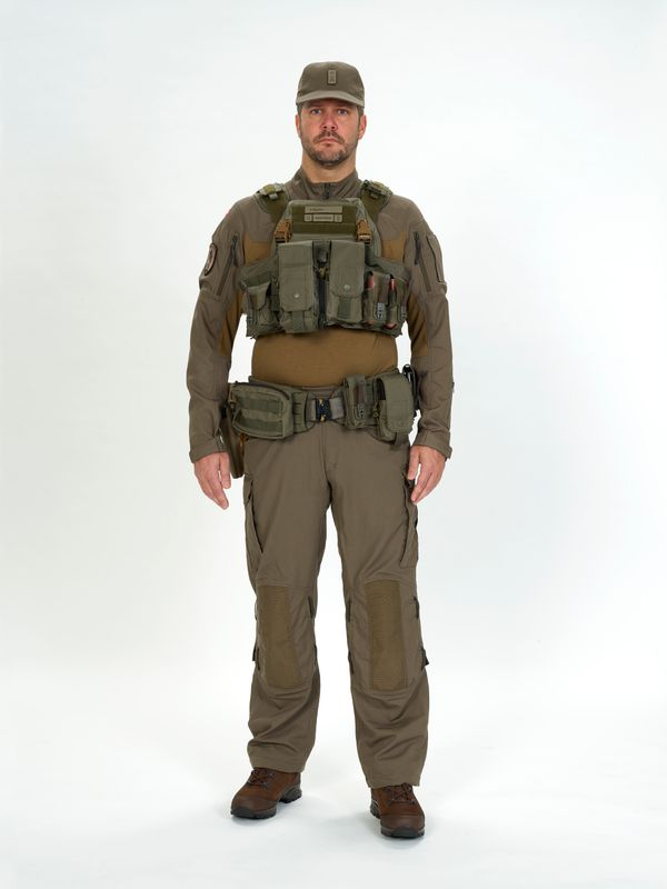 New (possible) uniform of the Swiss Armed Forces? - Page 2 Ccc1610