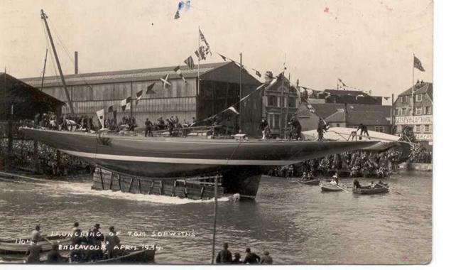 Endeavour 1934 - yacht J-class - 1:80 Amati 0347510