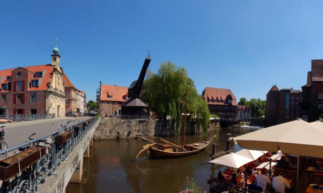 Grue portuaire 18è siècle Lueneb10