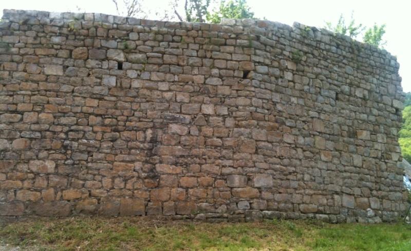 Village médiéval fortifié - Page 7 Ob_a2310