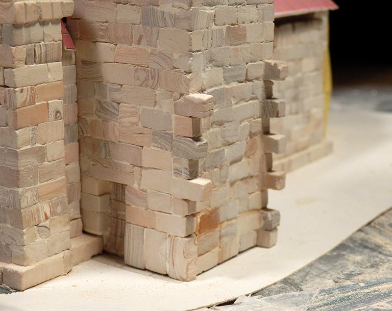 Village médiéval fortifié - Page 5 P1060010