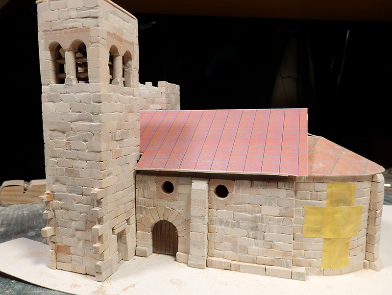Village médiéval fortifié - Page 5 P1070010