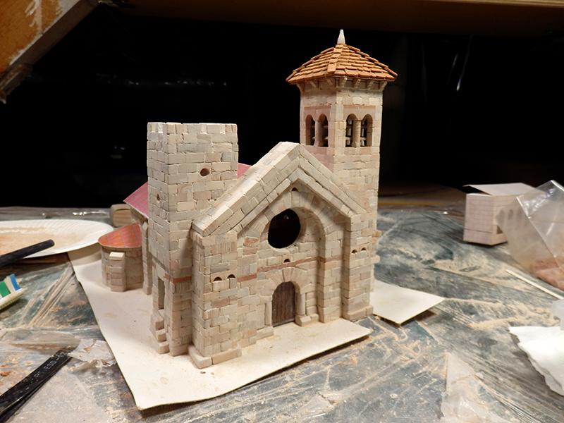 Village médiéval fortifié - Page 5 P1090010