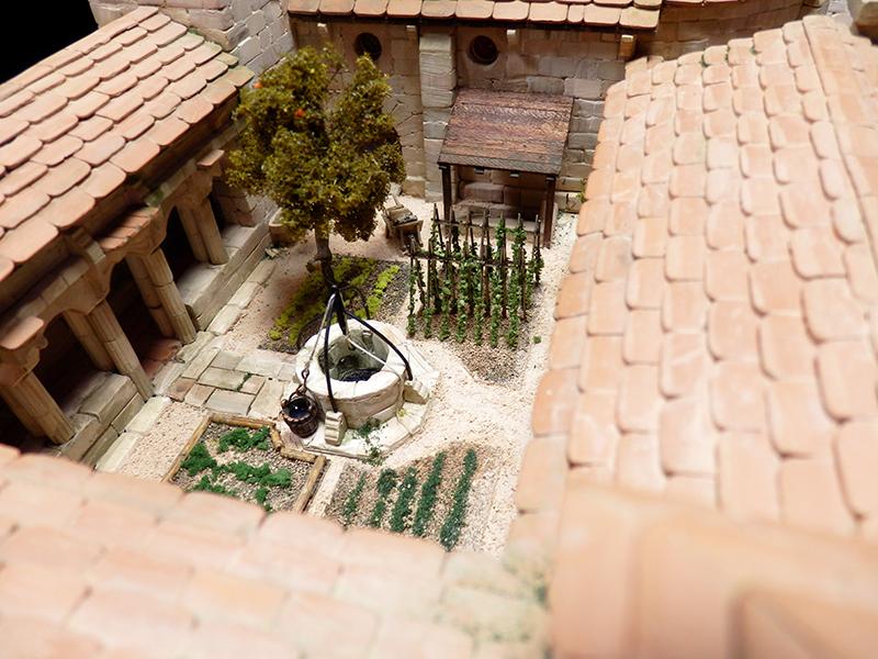 Village médiéval fortifié 14è- bastide - éch1:87 P1140019