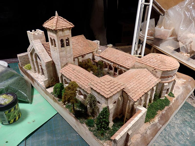 Village médiéval fortifié 14è- bastide - éch1:87 P1140023