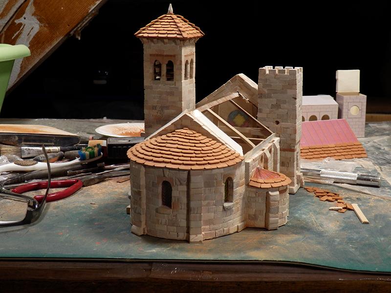 Village médiéval fortifié - Page 5 P1150012