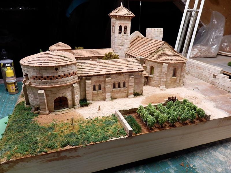 Village médiéval fortifié (2) - Page 3 P1160025