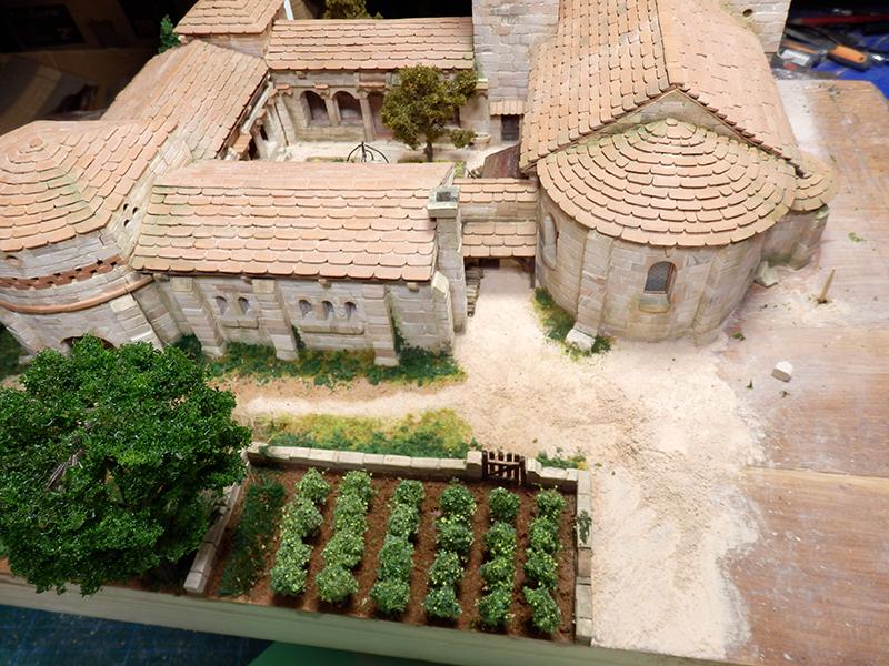 Village médiéval fortifié (2) - Page 3 P1170016