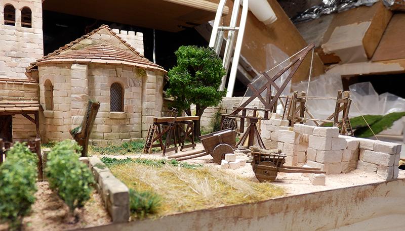 Village médiéval fortifié (2) - Page 4 P1190017